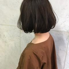 ウェーブ 透明感 アンニュイ ボブ ヘアスタイルや髪型の写真・画像