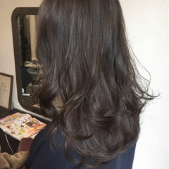 グレージュ 外国人風カラー ミルクティー ロング ヘアスタイルや髪型の写真・画像