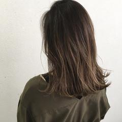 ハイライト 外ハネ グラデーションカラー ロブ ヘアスタイルや髪型の写真・画像