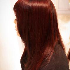 色気 モード レッド ダブルカラー ヘアスタイルや髪型の写真・画像