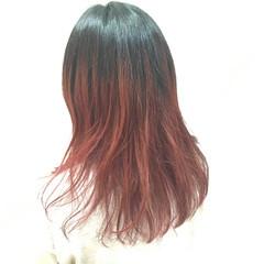 フェミニン セミロング ピンク レッド ヘアスタイルや髪型の写真・画像