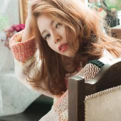 ミディアム 春 ガーリー ウェーブ ヘアスタイルや髪型の写真・画像