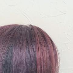ミディアム ブリーチオンカラー チェリーレッド ラベンダーピンク ヘアスタイルや髪型の写真・画像
