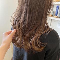 ナチュラル ナチュラルベージュ 3Dハイライト ハイライト ヘアスタイルや髪型の写真・画像