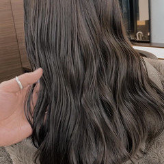 ハイライト ナチュラル シアグレー セミロング ヘアスタイルや髪型の写真・画像
