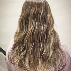 ナチュラル 大人ハイライト コントラストハイライト ロング ヘアスタイルや髪型の写真・画像
