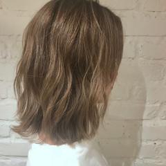 簡単ヘアアレンジ ヘアアレンジ オフィス アンニュイほつれヘア ヘアスタイルや髪型の写真・画像