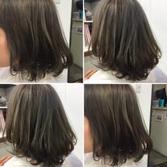 くせ毛風 ハイライト ダブルカラー ボブ ヘアスタイルや髪型の写真・画像
