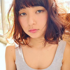 フェミニン ガーリー 暗髪 ミディアム ヘアスタイルや髪型の写真・画像