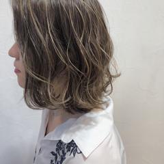 ナチュラル 透明感 ハイライト 外国人風 ヘアスタイルや髪型の写真・画像