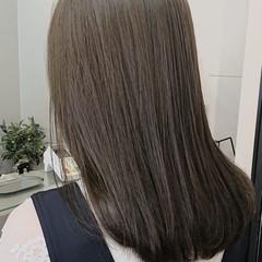 モテ髪 大人女子 ラベンダーグレージュ フェミニン ヘアスタイルや髪型の写真・画像