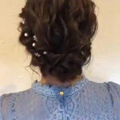 お呼ばれヘア ミディアム 結婚式ヘアアレンジ アップスタイル ヘアスタイルや髪型の写真・画像