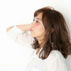 色気 ウェットヘア パーマ ミディアム ヘアスタイルや髪型の写真・画像
