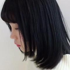 ストリート ミディアム 透明感 暗髪 ヘアスタイルや髪型の写真・画像
