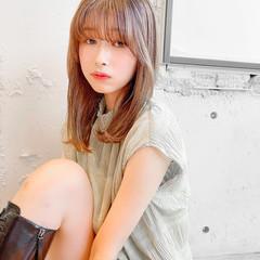 セミロング 韓国ヘア ナチュラル 縮毛矯正 ヘアスタイルや髪型の写真・画像
