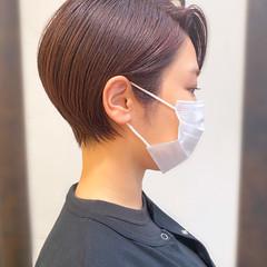 ショートヘア 大人かわいい ショートボブ 簡単スタイリング ヘアスタイルや髪型の写真・画像
