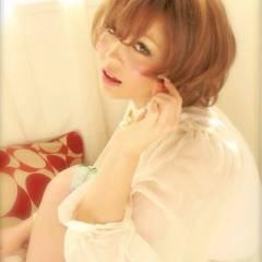 ショート ガーリー モテ髪 ハイトーン ヘアスタイルや髪型の写真・画像