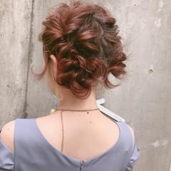 フェミニン ヘアアレンジ ロング 透明感 ヘアスタイルや髪型の写真・画像