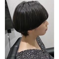 ショート ショートヘア ナチュラル マッシュヘア ヘアスタイルや髪型の写真・画像
