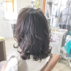 切りっぱなしボブ ミニボブ ウルフカット ナチュラル ヘアスタイルや髪型の写真・画像