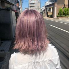 コテ巻き ボブ ピンク フェミニン ヘアスタイルや髪型の写真・画像