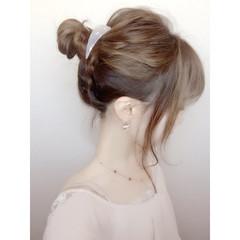 フェミニン ヘアアレンジ インナーカラー 伸ばしかけ ヘアスタイルや髪型の写真・画像