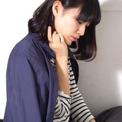 フェミニン ナチュラル 大人かわいい 暗髪 ヘアスタイルや髪型の写真・画像