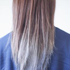 ナチュラルグラデーション グラデーションカラー ナチュラル アッシュグラデーション ヘアスタイルや髪型の写真・画像
