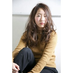暗髪 外国人風 ロング ハイライト ヘアスタイルや髪型の写真・画像