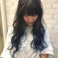ブルーラベンダー インナーカラー ロング 裾カラー ヘアスタイルや髪型の写真・画像