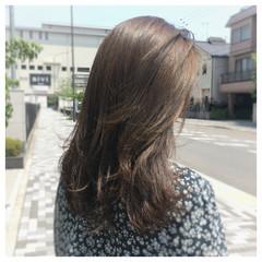 グレージュ ブルージュ 外国人風カラー ロング ヘアスタイルや髪型の写真・画像