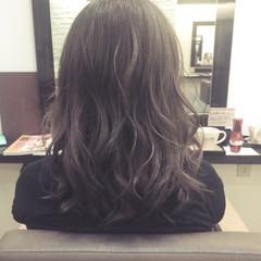 モード 暗髪 ハイライト フェミニン ヘアスタイルや髪型の写真・画像