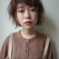 アンニュイほつれヘア ナチュラル 大人かわいい ヘアアレンジ ヘアスタイルや髪型の写真・画像