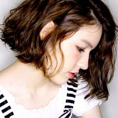 パーマ アッシュ 外国人風 ボブ ヘアスタイルや髪型の写真・画像