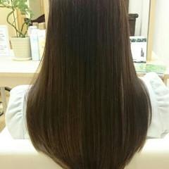 ロング 艶髪 グレージュ 暗髪 ヘアスタイルや髪型の写真・画像