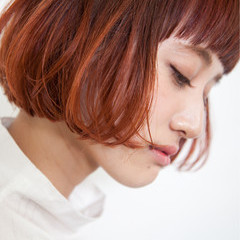 グラデーションカラー ボブ モード アウトドア ヘアスタイルや髪型の写真・画像