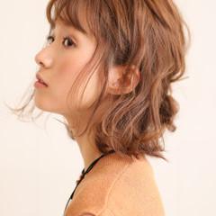 ゆるふわ くせ毛風 ナチュラル ショート ヘアスタイルや髪型の写真・画像