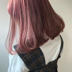抜け感 ヘアアレンジ ミディアム 前髪あり ヘアスタイルや髪型の写真・画像