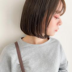 アンニュイほつれヘア ボブ デジタルパーマ 切りっぱなしボブ ヘアスタイルや髪型の写真・画像