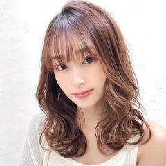 簡単スタイリング フェミニン セミロング ナチュラル可愛い ヘアスタイルや髪型の写真・画像