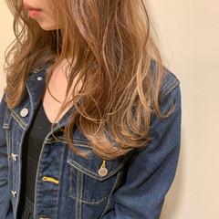 簡単ヘアアレンジ ミルクティーベージュ ミルクティー ヘアアレンジ ヘアスタイルや髪型の写真・画像