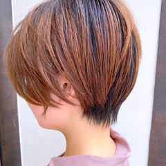 耳かけ ショートボブ 簡単スタイリング 大人かわいい ヘアスタイルや髪型の写真・画像