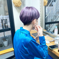 アッシュベージュ ストリート ショートヘア ベリーショート ヘアスタイルや髪型の写真・画像