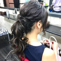 二次会 セミロング ローポニーテール 卒業式 ヘアスタイルや髪型の写真・画像