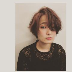 ショート ガーリー マッシュ ヘアスタイルや髪型の写真・画像