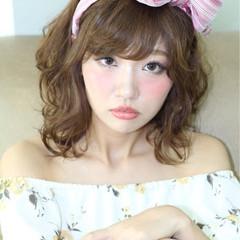 暗髪 簡単ヘアアレンジ 前髪あり ミディアム ヘアスタイルや髪型の写真・画像