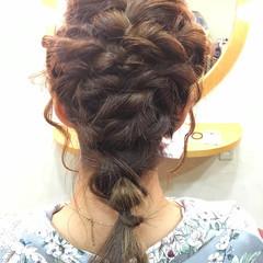 ねじり ガーリー まとめ髪 くるりんぱ ヘアスタイルや髪型の写真・画像