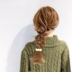 簡単ヘアアレンジ 上品 セミロング デート ヘアスタイルや髪型の写真・画像