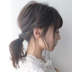 簡単ヘアアレンジ セミロング デート 透明感 ヘアスタイルや髪型の写真・画像
