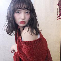 外国人風 アンニュイ ウェーブ 秋 ヘアスタイルや髪型の写真・画像